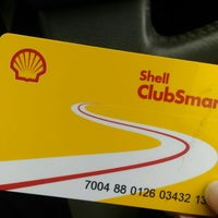 Photo taken at Shell by Pookpiik C. on 10/15/2017