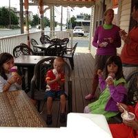 Photo taken at Harvey Cedars Ice Cream Parlour by Steve G. on 7/21/2013