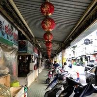Photo taken at 水仙宮菜市場 Shuei Sian Temple Market by Min T. on 2/16/2018
