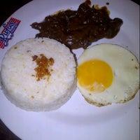 Photo taken at Rufo's Famous Tapa by Maileen L. on 6/29/2013