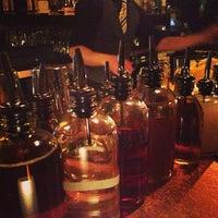 Foto diambil di Bathtub Gin oleh Ryan C. pada 2/24/2013