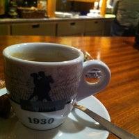 Photo taken at Café Vila by Diego B. on 12/20/2012