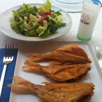Photo taken at Karina Balık Restaurant by Arda Anar on 11/4/2012