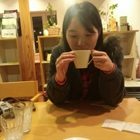 Photo taken at Coffee House Chocola by Sungchan L. on 3/2/2013