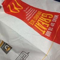Photo taken at McDonald's by 💍Sandra B. on 1/8/2013