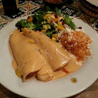 Photo taken at Los Agaves Restaurant by Tarun A. on 9/2/2013