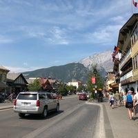 Foto scattata a Town of Banff da David C. il 8/7/2018