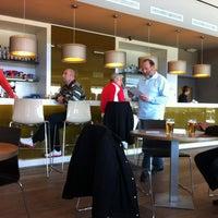 Photo taken at Bistrot PGA Sports Bar by Enric L. on 3/15/2013
