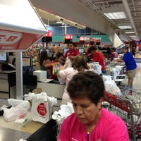 Photo taken at H-E-B by Guy🇬🇧 G. on 10/20/2012