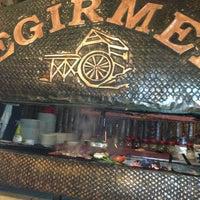12/30/2012 tarihinde Akil K.ziyaretçi tarafından Değirmen Restaurant'de çekilen fotoğraf
