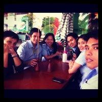 Photo taken at Mang Inasal by Christina L. on 10/4/2012