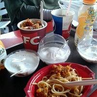 Photo taken at KFC by Regiliana P R. on 1/26/2013