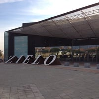 Photo taken at Zielo Shopping Pozuelo by Montse M. on 12/12/2012