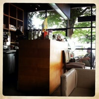 Снимок сделан в Zana's Bean Coffee пользователем Jakkapong K. 10/7/2013