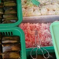 Photo taken at Gelugor Market Food Court by Finaz D. on 9/10/2015