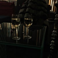 Снимок сделан в Mint Kiev lounge пользователем Alina K. 1/2/2016