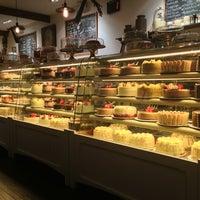 1/22/2013にMike C.がMartha's Country Bakeryで撮った写真