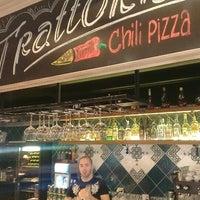 Снимок сделан в Trattoria Chili Pizza пользователем Keron 4/30/2013