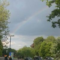 Снимок сделан в University of Warwick Tennis Centre пользователем Katerina G. 5/13/2014