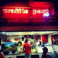 7/13/2013 tarihinde HaLiL S.ziyaretçi tarafından Waffle Port'de çekilen fotoğraf