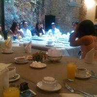 Foto tomada en Alonso 10 Hotel Boutique & Arte por Ronaldo L. el 11/8/2015