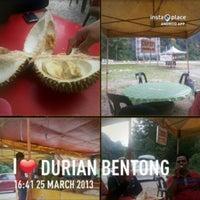 Photo taken at Highway Bentong by Myname Y. on 3/25/2013