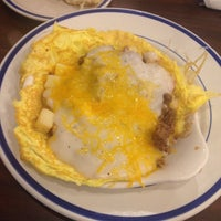 Photo taken at Bob Evans Restaurant by Mike T. on 10/16/2014