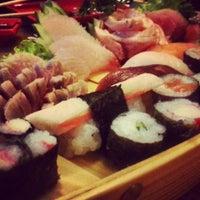 Foto tirada no(a) Jun Japanese Food por rodrigo g. em 2/8/2014