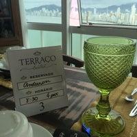 Foto tirada no(a) Restaurante Terraço Bistrô por Ander C. em 5/17/2015