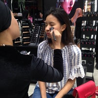 Photo taken at MAC Cosmetics by Puteri A. on 1/9/2017
