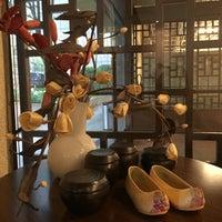 Das Foto wurde bei Centre Culturel Coréen von Nathalie S. am 4/26/2016 aufgenommen