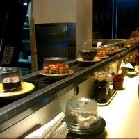 Foto tirada no(a) Sushi Tei por Alfan Y. em 3/2/2013