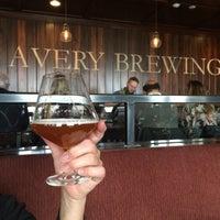 Foto tirada no(a) Avery Brewing Company por Jeff N. em 5/10/2015