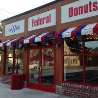 Photo prise au Federal Donuts par Michael W. le6/18/2014