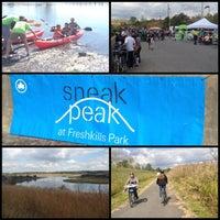 Foto tomada en Sneak Peak at Freshkills Park por Dan A. el 9/29/2013