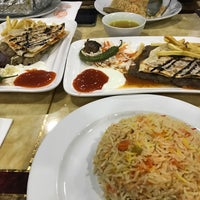 Photo taken at Zam Zam Arabic Restaurant by Imran H. on 6/1/2017