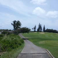 Photo taken at Hawaii Kai Golf Course by James B. on 3/26/2013