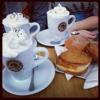 2/20/2015 tarihinde Aurelien G.ziyaretçi tarafından Engel's Coffee'de çekilen fotoğraf