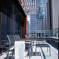 Das Foto wurde bei Le Germain Hotel Toronto Mercer von Groupe Germain Hospitalité am 3/27/2014 aufgenommen