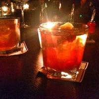 Das Foto wurde bei Roberto American Bar von Sascha D. am 2/13/2014 aufgenommen
