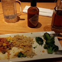 Photo taken at Chili's Grill & Bar by Miguel H. R. on 1/8/2014