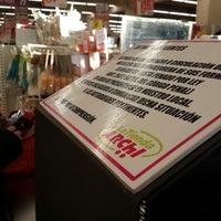 Photo taken at La tienda Archi by Gunter K. on 7/20/2014