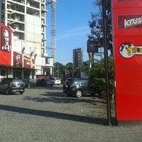 Photo taken at KFC / KFC Coffee by Fakhri S. on 3/7/2013