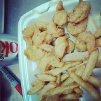 Jj fish and chicken american restaurant in chicago for Jj fish chicken dallas tx