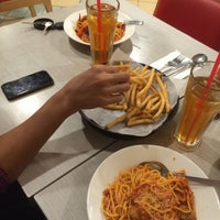 Photo taken at Pizza Hut by Fatin F. on 7/26/2016