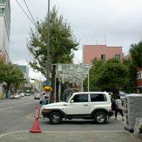 Photo taken at 세무서 옆 폴리 by 현철 나. on 10/17/2012