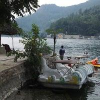 Photo taken at Pandu Hotel Lakeside Parapat by Michel Z. on 4/19/2014