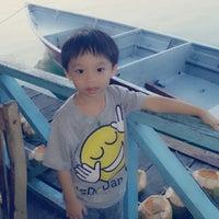 รูปภาพถ่ายที่ Kelong Restaurant Aneka Rasa โดย Dcy C. เมื่อ 3/12/2013