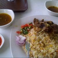 Photo taken at Restoran Arabian Mendy by اسم خيرالدين ا. on 9/14/2013