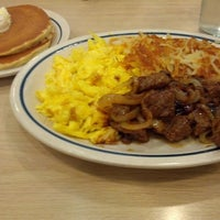 Photo taken at IHOP by Naomi W. on 10/20/2012